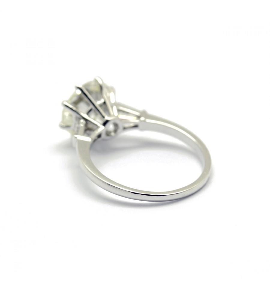 solitaire accompagn diamant de 2 95 carats. Black Bedroom Furniture Sets. Home Design Ideas