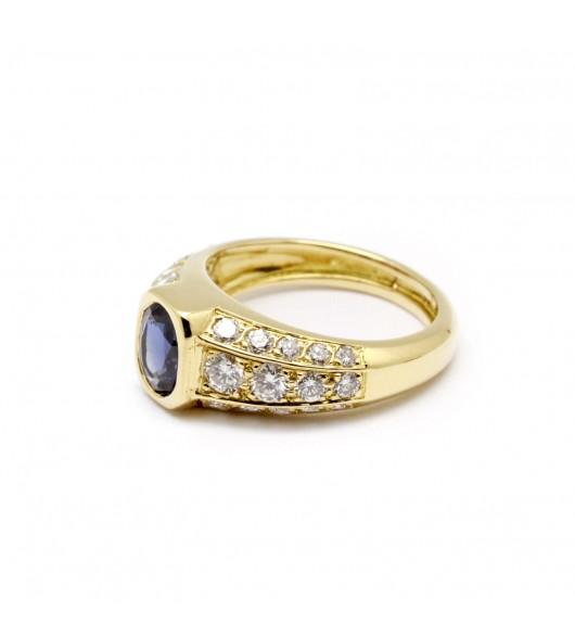 Bague or, saphir bleu et diamants