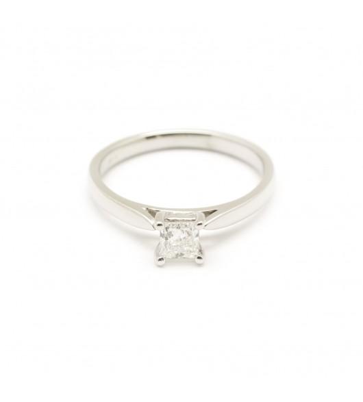Solitaire diamant princesse 0,33carat