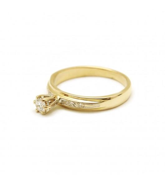 Solitaire accompagné - diamant de 0,15 carat