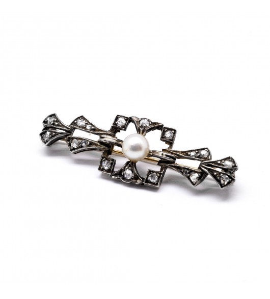 Broche XIXe, perle et diamants